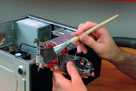 Чистка компьютера от пыли
